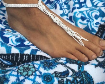 Tip toe through the flowers hemp anklet