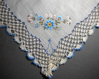 Vintage Handkerchiefs embroidered flowers with beautiful hand-tatted edging - pay it forward, PIF