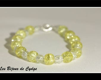 Yellow and transparent color glass beads bracelet