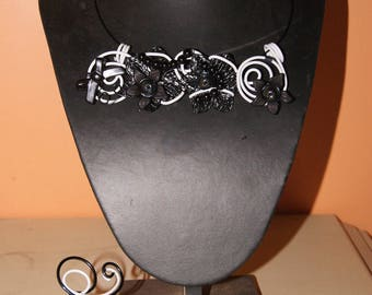 Set of aluminum wire black and white