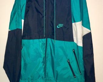 Vintage Nike Windbreaker Jacket- Retro Street and Activewear Size Large