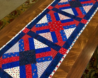 4th of July Patriotic Table Runner, Handmade quilted runner, Red, white, blue table runner,
