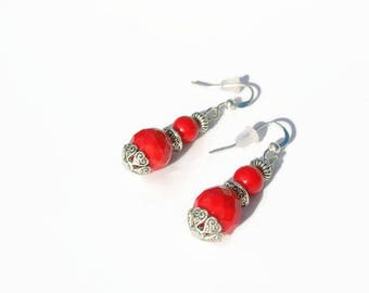 Red pearls earrings glass