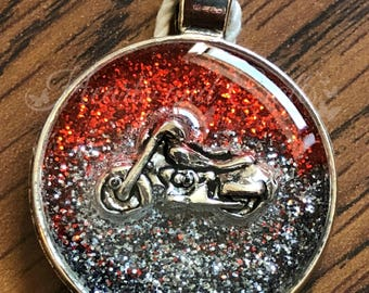 "Silver Pendant - 1"" Round Bezel - Resin Coated - Glittered Background - Bike Embedded (SC-001)"