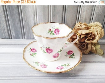 Montrose China Teacup and Saucer / Cup and Saucer / Pink Roses Teacup / Tea Party / Bone China Teacup / Pink Rose China Cup