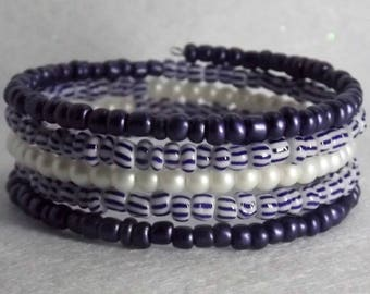 Bracelet of glass seed beads  on memory wire, 5 wrap,  Blue and white