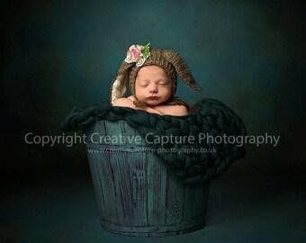 Newborn Digital backdrop / background / blue / green / barrel