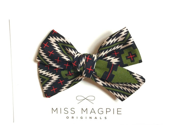 Sloane bow || Olive tribal