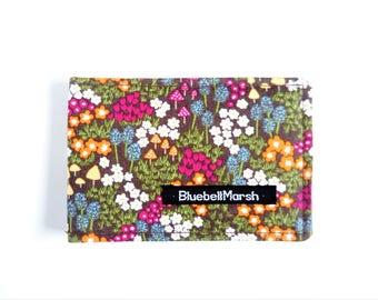 Travel card holder, flowerbed