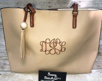 Large tote bag, tote bag, monogrammed tote bag, large monogrammed tote bag, personalized tote bag, personalized gifts, bridesmaids gifts