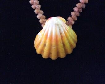 Vintage Traditional Kahelelani Herringbone Necklace with Large Sunrise Shell, Awesome!