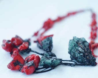 Flower Necklace Red Necklace Hand-Made Necklace Natural Coral stones Green Glass Black Enamel Ethnic Style Decoration Rose Jewelry Gift