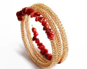 Memory wire bracelet, gold, red, coral bracelet, chip beads, wrap bracelet, spiral, beaded bracelet, gemstone, bangle, adjustable, armlet