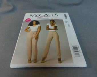 Womens Tapered Pants, Slacks, Size 8 to 24, Uncut, McCall's M6901 Palmer and Pletsch Design