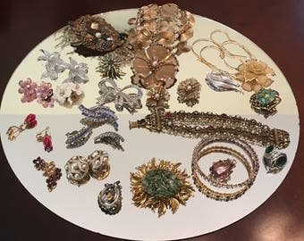 Lot of Vintage Costume Jewelry ~ Nice Mix!