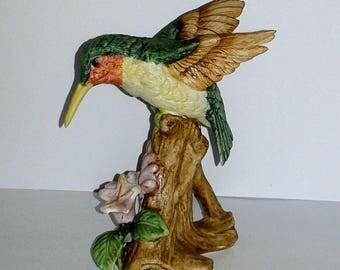 Lefton HUMMINGBIRD Porcelain Bird Figurine #01265 ~ Ruby Throated Hummingbird