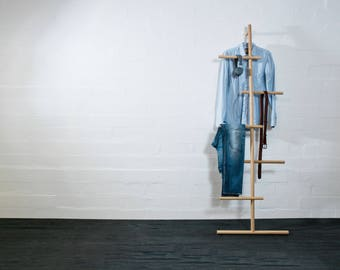 WENDRA oak towel bar,