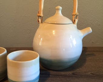 Chill tea pot and cups
