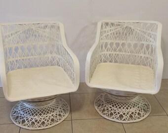 Pair of Russell Woodard Spun Fiber Glass Indoor / Outdoor Chairs