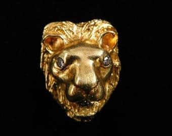 LION PENDANT - 7051B3945