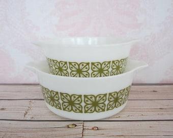 Vintage Pyrex Green Verde Casserole Dishes Green Square Flowers Vintage Pyrex 474 & 475