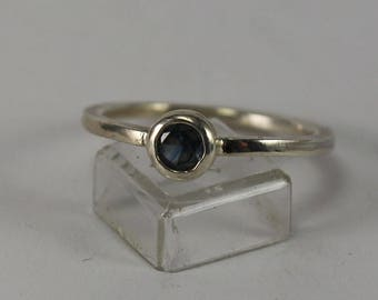 Sterling silver ring with Montana sapphire facet size 7 US