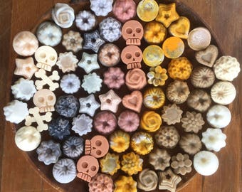 Tiny Soaps - Lot of 100