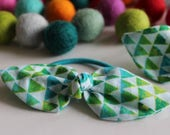 Green & Blue Triangle Knot Hairtie