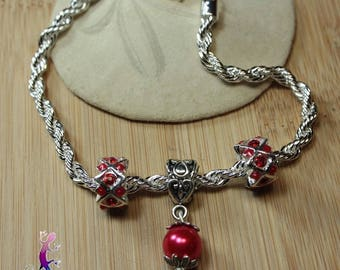 Bracelet cable knit European style with metal and Red renaissance bead charms