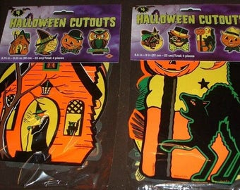 2 packs of 4 classic Beistle Halloween decorations (8 total) all different! Die-cut