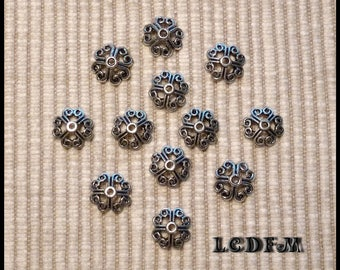 * ¤ Set of 12 cups / caps baroque spirit - for 8-12mm beads ¤ * #A2