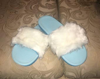 Clearence Sale. Faux Fur Nike Slide