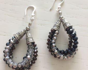 Drop earrings-black & white