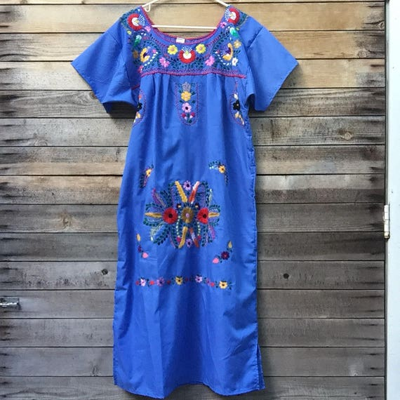 mexican embroidered dress - Medium