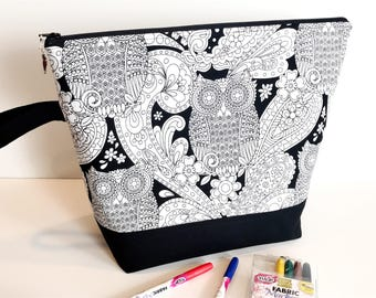 Color Me Large Project Bag for Knitting, Crochet, Embroidery, Cross Stitch or other Needlework - Includes Fabric Markers