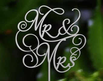 Personalized MR&MRS Wedding Cake Topper,  Silver wedding Wedding Cake Decor, - Wedding Gift, Valentine Day Cake Topper