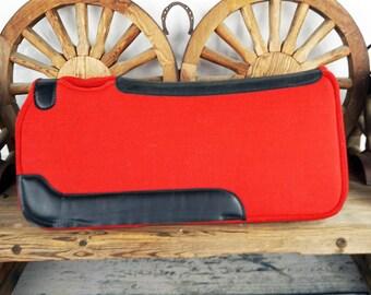 Western Horse Trail Barrel Red Wool Felt Leather Contoured Spine Saddle Pad