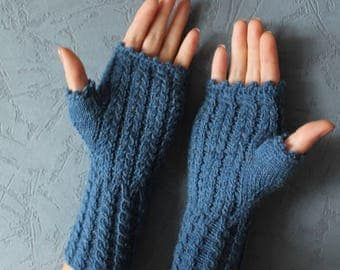 Fingerless gloves Hand knit mittens Frilly gloves Arm warmers Fuzzy mittens Knitted gloves Driving gloves Cycling gloves Wrist warmers Gift