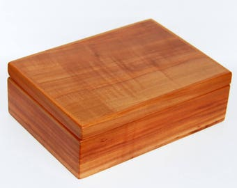 Jewelry box engraving giftbox personalized wood magnetic seal solid Pear