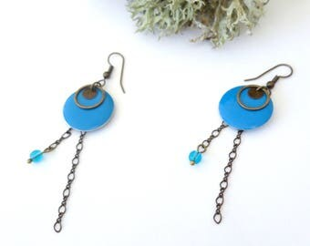 Trends, dangling earrings, bronze, chain and teal sequins