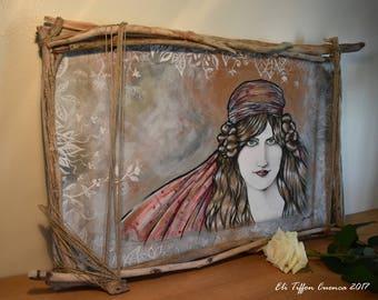 """Bohème chic, tableau orné de bois flotté, portrait peint muse, intitulé """"La Mus'tification"""""""