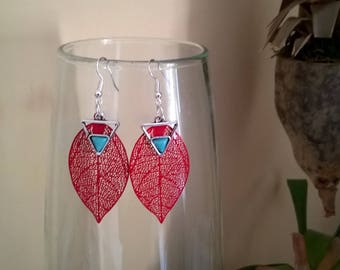 Red filigree leaf earrings and silver tip