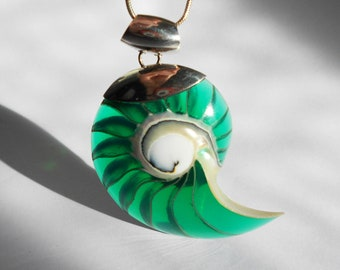 925 Silver Mounted Shell Pendant, Hand Crafted Green Resin Boho Necklace, Silver Chain