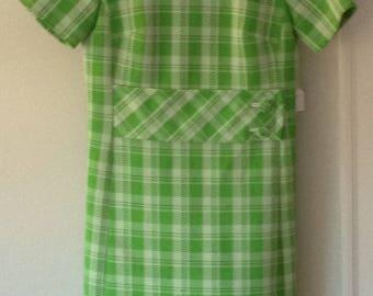 Vintage Domino 1970s Green Plaid Short Sleeve Dress
