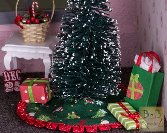 Miniature Tree Skirt (Character Red & Green) -- Dollhouse Miniature 1:12 Scale