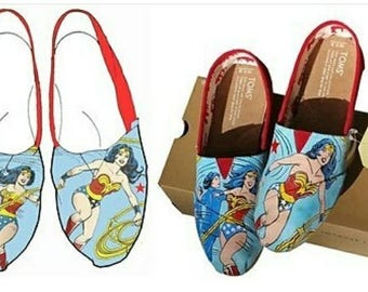 Wonder Woman Custom Toms