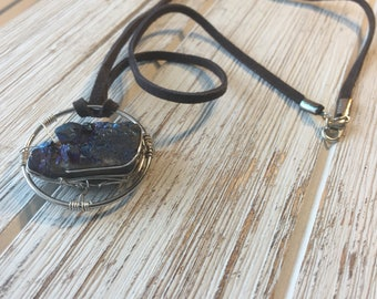 Wire wrapped short length druzy necklace | gemstone necklace
