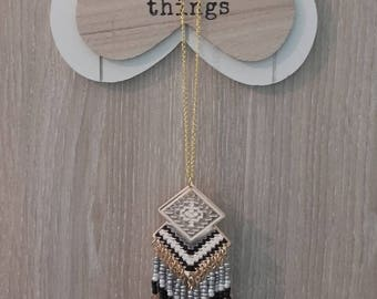 """Great necklace """"Aztec"""" ethnic beads and black chains"""