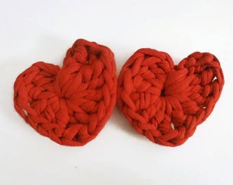 Red heart-shaped Ribbon brooch