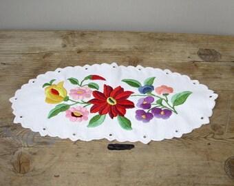 Lovely,Vintage,Hungarian handmade embroidered doily,runner Kalocsa flower pattern,Cottage/Shabby Chic